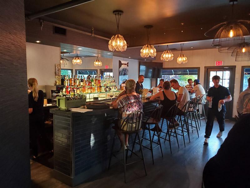 inside of schultzys restaurant bar
